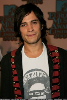 Gael García Bernal/ He is a stunner.