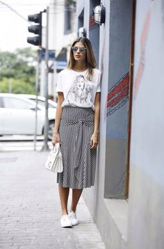 Moda chic outfits fashion trends 42 best ideas my outfits. Style Outfits, Mode Outfits, Fashion Outfits, Fashion Trends, Sneakers Fashion, Female Outfits, Girly Outfits, Dress Fashion, Fashion Ideas
