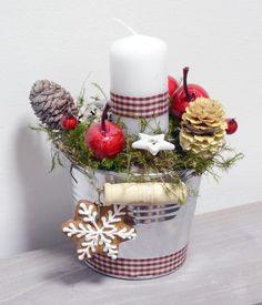 Kompozycja świąteczna w wiaderku w UroczyskoArt na DaWanda.com