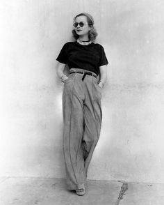 Taking our #mondaymuse inspiration from 1930's film star Joan Bennett, exuding some serious cool in the perfect high-waisted, wide-legged trousers. And the socks peeking out from the platform sandals? Oh, to be this effortlessly chic on a Monday. #vintageinspiration