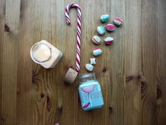 Christmas Special: Spend 40$ and get a mini version for free with your order!  ********************************** The soy candles from our literary candle line are the perfect gift for any book lover! Inspired by the greatest writers and pieces of literature, we capture that feeling we get when reading the perfect story and make it into a beautiful, strongly scented soy candle.  Honeydukes Oh, how we love this one. It smells just like we imagine Honeydukes must smell like - glazed apples… Harry Potter Candles, Hogwarts Christmas, Apple Glaze, Cork Stoppers, Christmas Candles, Any Book, Wax Melts, Soy Candles, Apples