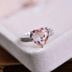 Hey, I found this really awesome Etsy listing at https://www.etsy.com/listing/193753188/vs-8mm-morganite-ring-heart-morganite