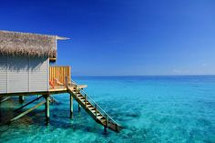 You would WIN your honeymoon at Centara Ras Fushi Resort & Spa in The Maldives courtesy of our sponsors. Every visitor to the 2014 expo goes into the draw to win.