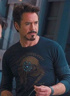 Tony Stark/ Robert Downey Jr. - Black Sabbath t-shirt......epic