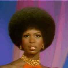 ♡on some hot shit♡ — Afro magic 🪐 Black Girl Magic, Black Girls, Type 4 Hair, Vintage Black Glamour, Hair Reference, Beautiful Black Women, Hair Goals, Afro, Natural Hair Styles
