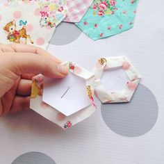 #ontheblog Learning to Make Hexies  http://ift.tt/20YgGHy