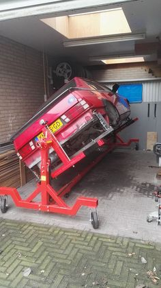 http://www.alfaromeo75.nl/restauratie-alfa-romeo-75-1-8/kantelbrug/