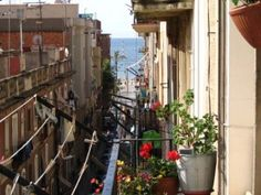 Expat in Spain Blog - amazing absolutely gorgeous