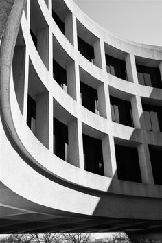 A Black and White shot of a shadow across the exterior of the Hirshhorn Museum in Washington, DC. || #AlexTonettiPhotography #Photography