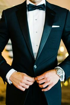 A Formal Fourth-of-July Wedding in New York City This could definitely be a possibility for my husband and/or groomsmen! I'm in love with a black tie affair! The post A Formal Fourth-of-July Wedding in New York City appeared first on Womans Dreams. July Wedding, New York Wedding, Wedding Blog, Wedding Ideas, Wedding Inspiration, Wedding Reception, Fashion Inspiration, Spring Wedding, Wedding Venues