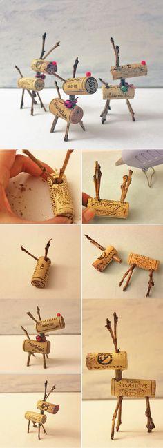 Easy Christmas Decor Ideas: Reindeer Corks | Easy DIY Wine Cork Decor Project