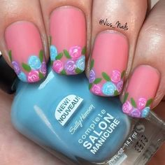 Cute spring flower #nailart made by @vics_nails using @sallyhansennz Spring collection! Isn't this lovely?  http://ift.tt/2gALagK