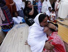 Sunday morning bomb at Christian church in Pakistan kills at least 75 - World News