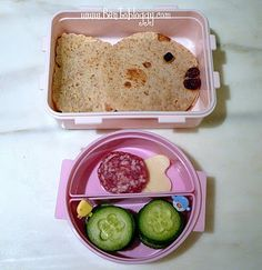 School of fish from Bentobloggy.com - cute and healthy lunches!