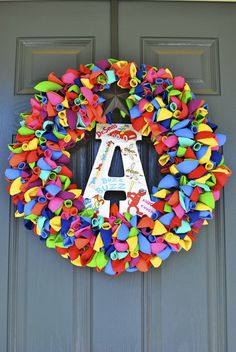 DIY Balloon Wreath -