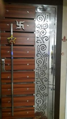 House Main Door Design, Gate Wall Design, Grill Gate Design, Steel Gate Design, Front Gate Design, Main Gate Design, Door Design Interior, Latest Door Designs, Stainless Steel Gate