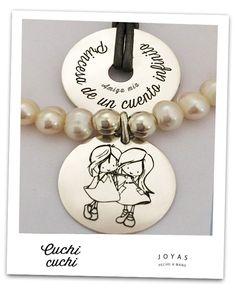 Regalos personalizados: Chapas y colgantes personalizados para pulseras y collares que hacemos para cada persona. Sube tu imagen o frases y crea joyas