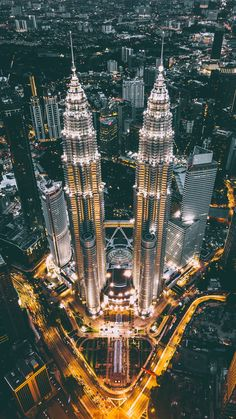 Malásia Best Place to See the Petronas Towers in Kuala Lumpur, Malaysia Deutsch Professionelle Fotografie Heutzutage gibt es viele Fotografen und Foto. Urban Photography, Nature Photography, Travel Photography, Cityscape Photography, Minimalist Photography, Aerial Photography, City Aesthetic, Travel Aesthetic, Places To Travel