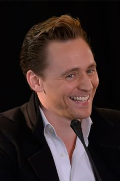 Tom Hiddleston attends a press conference for the Vietnam location filming of 'Kong Skull Island' in Hanoi on February 21, 2016. Source: http://www.weibo.com/1846858632/DiUZy7rBz?from=page_1005051846858632_profile&wvr=6&mod=weibotime&type=comment#_rnd1456098077344 Full size image: http://ww2.sinaimg.cn/large/6e14d388gw1f17cd2pynkj22m41padx3.jpg