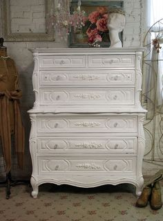 Vintage Painted Cottage Chic Shabby White French Provincial Dresser