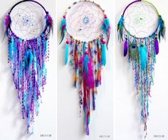 Peacock Dream Catcher This is a great instructional DIY for making all different kinds of beautiful dream catcher decorations Making Dream Catchers, Doily Dream Catchers, Dream Catcher Craft, Dream Catcher Mobile, Diy Dream Catcher Tutorial, Dream Catcher Patterns, Hoop Dreams, Bad Dreams, Crochet Dreamcatcher