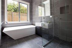Серая плитка в ванной комнате: особенности, фото-6
