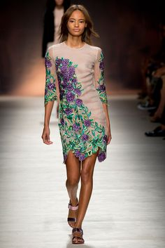 Blumarine - Spring 2015 Ready-to-Wear - Look 27 of 45