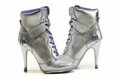 Silver Nike Dunk SB Heels High For Women looks more fashionable and beautiful with this kind of Nike Heels style. Nike High Heels, High Heels Boots, High Heel Sneakers, Silver High Heels, Purple Sneakers, Sneaker Heels, Womens High Heels, Shoes Heels, Fab Shoes