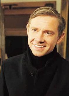 #wattpad #de-todo Mark Gatiss; Oh no, perdimos a Benedict. Moffat: No te preocupes, lo tengo controlado. Moffat: ¡MAR- Benedict: -TIN FREEMAN! Moffat: Lo encontré. --------- Porque todos amamos al Freebatch y sabemos que Benedict debe de ser noticeado por Martin algún día.