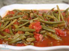 Varivo od boranije i paradajza, recept : Upotpunite svoju posnu trpezu još jednim jelom od boranije.