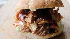 Ukens matblogg: Lettvint pulled pork-burger med BBQ-saus og chilimajones