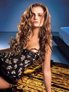 Aura Cristina Geithner, femme fatale, latina, actriz, modelo.