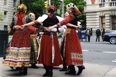 Dancers from the Csűrdöngölő folk ensemble join the Magos and Életfa folk bands in a 2012 performance commemorating the fortieth anniversary of the táncház movement in front of the Metropolitan Museum in New York City.