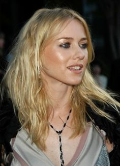 British Actresses, Actors & Actresses, Naomi Watts Hair, Naomi Wats, Playboy Playmates, My Beauty, Beautiful Actresses, Blond, Hair Cuts