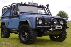 Landrover Defender.. blue not my favorite,  but it would do..