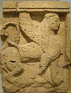 """Metopa raffigurante una Sfinge alata. Tempio Y - Tempio """"delle piccole metope"""". Metà VI sec. a.C. Selinunte"""