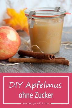 Cook the applesauce without sugar - Yoga und Fitness - ENG Law Carb, A Food, Food And Drink, Vegan Recepies, Kneading Dough, Claudia S, Vegetable Drinks, Healthy Sweets, Healthy Foods