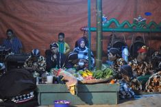 "Kampus Wetan (Kampong Seni Kuwung Wetan) adalah penyebutan untuk 3 desa, yaitu Desa Rejoagung dan Desa Wonosobo di Kecamatan Srono dan Desa Aliyan di kecamatan Rogojampi. Kuwung Wetan artinya ""pelangi dari timur"", artinya desa-desa ini adalah potensi seni budaya yang indah dan beraneka warna, yang berasal dari ujung paling timur Pulau Jawa. Ketiga desa ini bersebelahan dan saling berhubungan erat dalam sebuah rangkaian ""ekosistem"" kesenian tradisional Banyuwangi. Tours, Painting, Art, Art Background, Painting Art, Kunst, Paintings, Performing Arts, Painted Canvas"