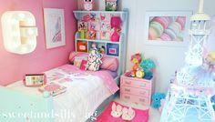 """11 Likes, 1 Comments - Miss Sweet & Silly {& her Mom} (@sweetandsilly_ag) on Instagram: """"Grace's Room in our American Girl Dollhouse. Paris is always a good idea. #agig #ᴀᴍᴇʀɪᴄᴀɴɢɪʀʟʙʀᴀɴᴅ…"""""""