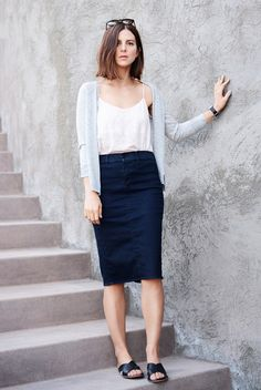 spring / summer - fall / winter - street style - street chic style - casual outfits - fall outfits - spring outfits - work outfits - grey cardigan + dark denim pencil skirt + black sandals + white cami top + mirror sunglasses