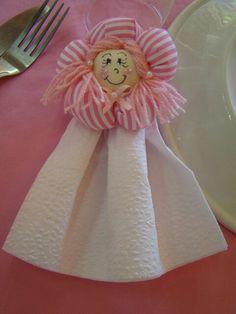 Porta guardanapo foi usado na decoracao bonecas de pano