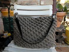Borsa in lana a punto coccodrillo