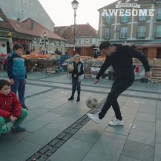 Football fruit freestyling! Thanks to Djotafreestyle for the submission! ♫ STALKER & Halide - Somebody New (Artist Intelligence Agency) ♫