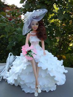 Glamour Dolls, Barbie Dress, Barbie Doll, Diy Flowers, Boho Wedding, Doll Clothes, Crafts For Kids, Flower Girl Dresses, Harajuku