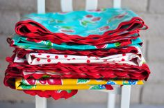 vintage inspired oilcloth tablecloths for the picnic table, just like Grandma had.