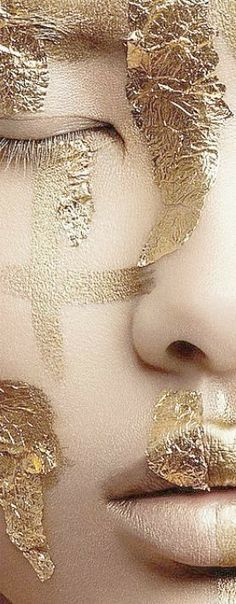 For all the beauty seekers out there! Glitter Make Up, Gold Glitter, Gold Sparkle, Gold Everything, Golden Goddess, Shades Of Gold, Beauty Shoot, Kintsugi, Touch Of Gold