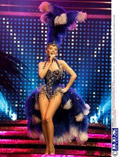 Kylie Minogue -True Fashionista With Loads Of Opulent Talent. | Gracie Opulanza – Where Fashion Speaks