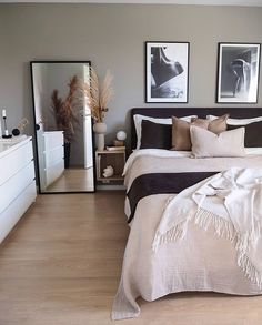 20 tips will help you improve the environment in your bedroom So cozy! decoration salon decoration interieur maison 20 tips will help you improve the environment in your bedroom So cozy! Room Ideas Bedroom, Bedroom Inspo, Home Decor Bedroom, Nordic Bedroom, Bedroom Modern, Modern Room, Kitchen Inspiration, Home Decor Inspiration, Modern Living