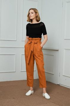 High-Waisted Linen Pants linen tapered pants with rope belt womens linen pants long linen pants Square Pants Outfit Casual, Orange Pants Outfit, Flowy Pants Outfit, Summer Pants Outfits, Trouser Outfits, Casual Outfits, Fashion Outfits, Gaucho Pants Outfit, Runway Fashion
