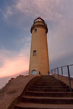 best cultural place of #India : #Lighthouse at Mahabalipuram http://tours.rainrays.com/?cat_id=4